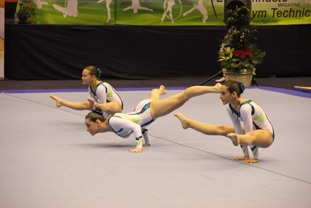 Gymnastique 18 gymnastes de tempo gym en finale du - Trampoline clermont ferrand ...