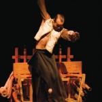 Ivre d'équilibre (c) Cirque Baroque