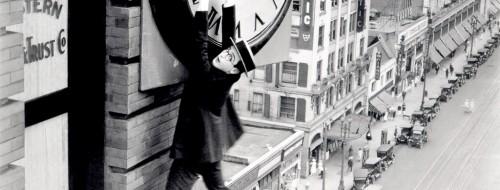 Harold Lloyd dans le film Safety Last! de Fred C. Newmeyer