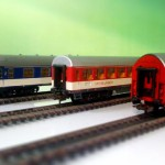 Trains miniature / (c) greenboxhouse