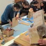 Couffouleux Stage de mobilier en carton (c) Atelier Cart'NKraft