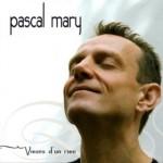 Chantons sous les toits avec Pascal MARY (c) association L'oiseau-lyre compagnie
