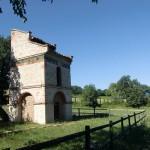 Château de Saurs, pigeonnier (c) SCEA Château de Saurs