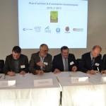 Signataires de gauche à droite : Sylvain Laclau (représentant de La CCI), Jean-Marie Laboudie (représentant de la Chambre des métiers et de l'artisanat), Jean-Claude Huc (président de la Chambre d'agriculture), Patrice Gausserand (1er vice-président de Tarn & Dadou, maire de Gaillac), Jean Tkaczuk (Conseiller régional, président de la MCEF, vice-président de Madeeli), Monique Corbeil-Fauvel (conseillère départementale, maire de Cadalen) / © Ted