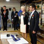 Félicie Domène, gérante des CAE Régate et Régabât, a reçu hier la Légion d'Honneur, à Castres / © Préfecture du Tarn