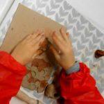 Stage artistique d'été 5-8 ans Argile & jeux (c) Atelier Polymorphe - lieu d'exploration artis